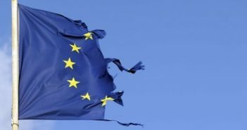 A torn European flag flies in Bordeaux, southwestern France, February 18, 2016. REUTERS/Regis Duvignau